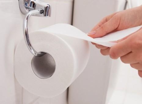 4 mối nguy hiểm rình rập trong giấy vệ sinh - ảnh 1