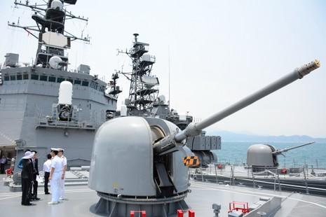 Đón 2 tàu hộ vệ của Nhật Bản thăm cảng Cam Ranh - ảnh 10