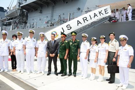 Đón 2 tàu hộ vệ của Nhật Bản thăm cảng Cam Ranh - ảnh 4