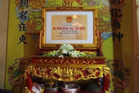 lễ phát lương đền Trần Thương