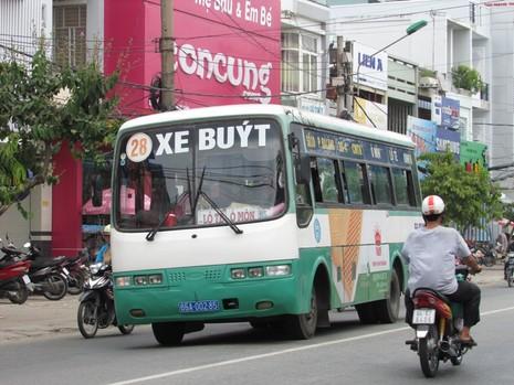 Sở GTVT TP Cần Thơ cho biết, hầu hết xe buýt ở TP Cần Thơ đã cũ kỹ, có niên hạn sử dụng trên 10 năm và số lượng ít nên không thu hút khách