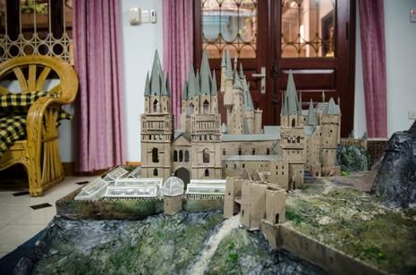 9x 'xây' trường Hogwarts đẹp từng milimet - ảnh 3