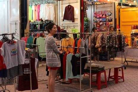 Độc đáo chợ làm từ thùng container ở Sài Gòn - ảnh 8