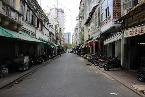"""Phố đồ cổ Sài Gòn: Nàng """"Kiều"""" duyên dáng giữa chốn đô thành - ảnh 10"""