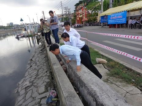 18 tỉ đồng kè bờ bến Bình Đông trước chùa Long Hoa - ảnh 4