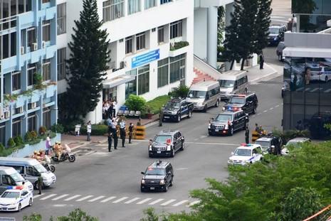 Video: Đoàn xe Tổng thống Obama trên đường phố Sài Gòn - ảnh 2