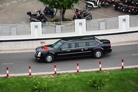 Video: Đoàn xe Tổng thống Obama trên đường phố Sài Gòn - ảnh 4