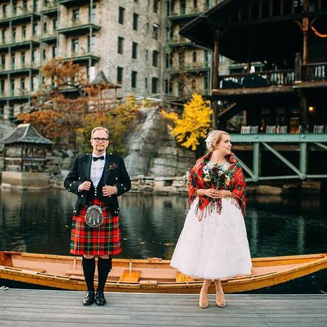 Những trang phục cưới truyền thống kỳ lạ trên thế giới - ảnh 12