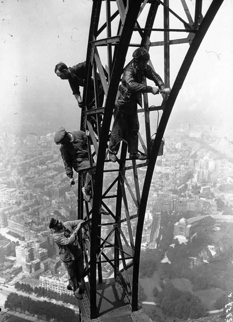 Những bức ảnh lịch sử nổi tiếng ít người biết đến - ảnh 10