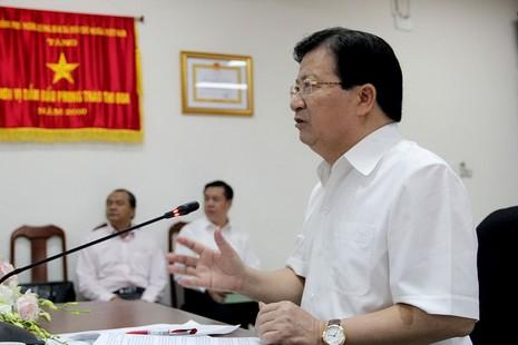 Phó Thủ tướng kiểm tra thực địa tại Cảng Hàng không Tân Sơn Nhất - ảnh 1