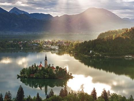 Điểm mặt 30 vùng đất giàu có và hạnh phúc nhất trên thế giới - ảnh 7