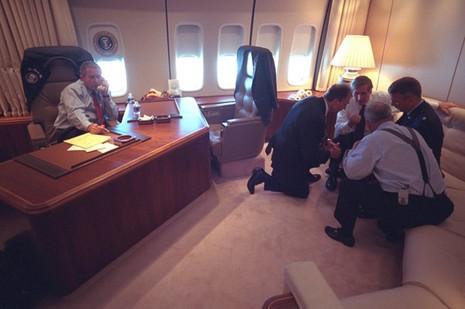 Bên trong chuyên cơ Tổng thống Mỹ Bush ngay sau vụ 11-9 - ảnh 4