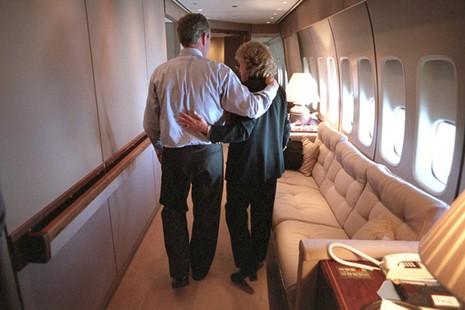 Bên trong chuyên cơ Tổng thống Mỹ Bush ngay sau vụ 11-9 - ảnh 8