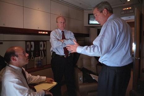 Bên trong chuyên cơ Tổng thống Mỹ Bush ngay sau vụ 11-9 - ảnh 9
