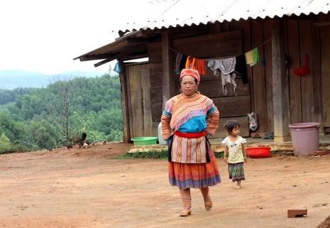 Ngôi làng H'Mông tuyệt đẹp giữa đại ngàn Tây Nguyên - ảnh 6