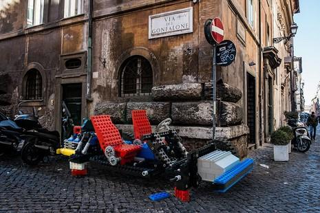 Khi mô hình LEGO tấn công thành phố - ảnh 3