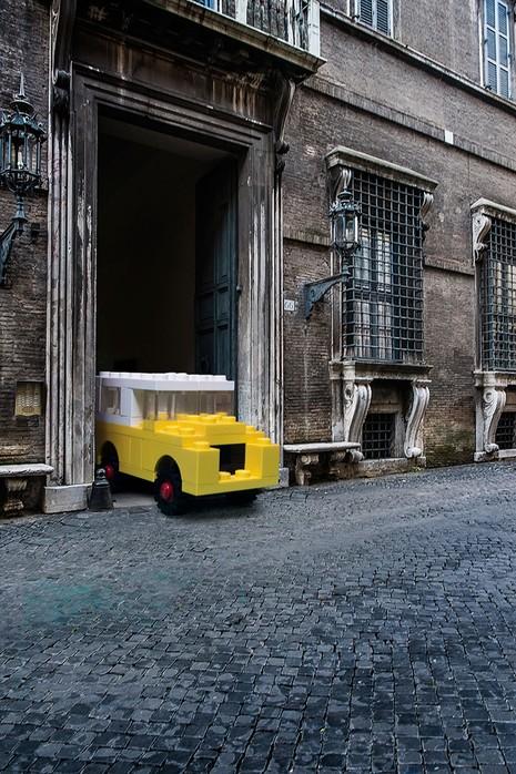 Khi mô hình LEGO tấn công thành phố - ảnh 1