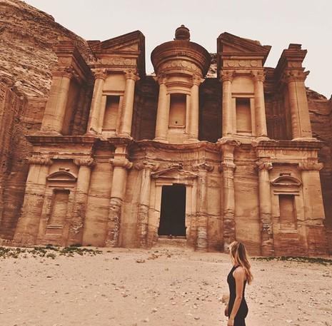 Cô gái du lịch quanh thế giới trong thời gian ngắn nhất - ảnh 11