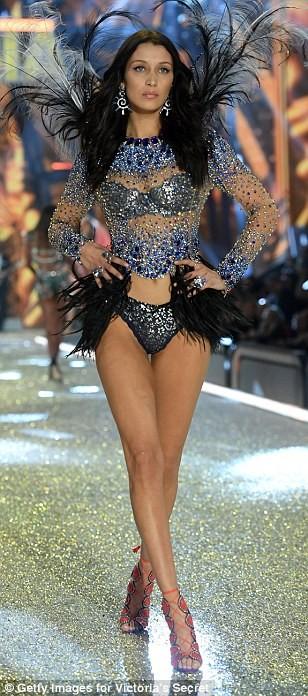 Lộ diện dàn thiên thần nóng bỏng của Victoria's Secret - ảnh 5