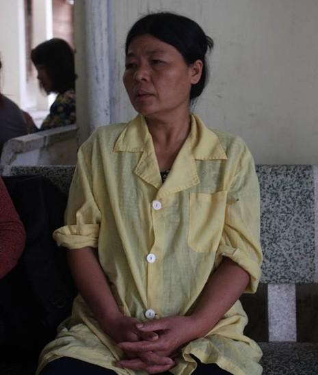 Hơn một tháng sau vụ nổ Văn Phú, nữ nạn nhân vẫn hôn mê sâu - ảnh 2