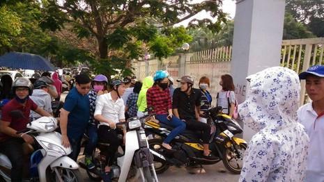 """Hội chợ container """"khủng"""" tại Hà Nội bị giải tán - ảnh 11"""