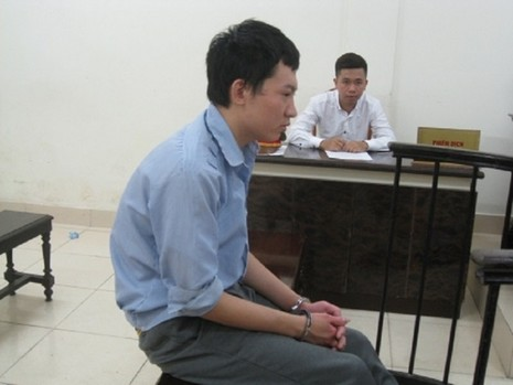Bị trộm đồ, thanh niên Trung Quốc cướp ngân hàng để có tiền về nước - ảnh 1