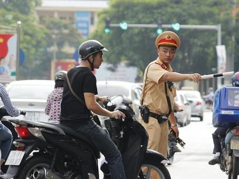 Cận cảnh camera giám sát vi phạm của lực lượng 141 Hà Nội - ảnh 4