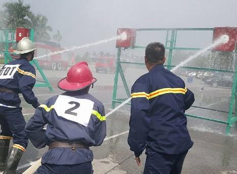 Những màn dập lửa mãn nhãn của Cảnh sát PCCC Hà Nội - ảnh 3