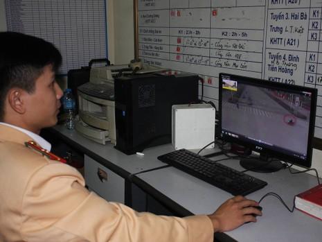 Hà Nội: Lắp bảng LED để tuyên truyền luật, có hiệu quả? - ảnh 4
