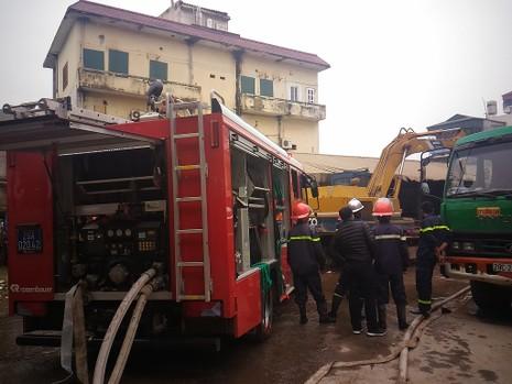 Cận tết, 'bà hỏa' thiêu rụi một căn nhà tại Hà Nội - ảnh 3