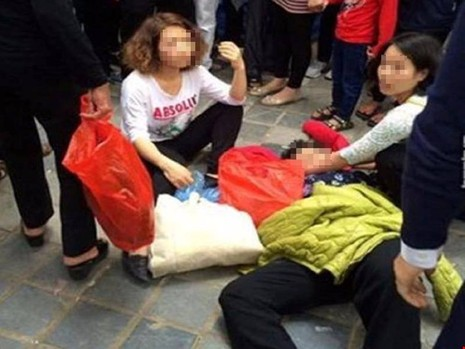 Thông tin mới nhất vụ bà cụ bị đánh ngất tại chùa Hương - ảnh 1