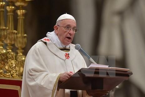 Vatican lên án thái độ im lặng của Phương Tây với các vụ thảm sát  - ảnh 1