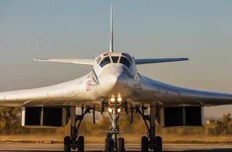 'Đột nhập' căn cứ của dàn máy bay ném bom khổng lồ Nga - ảnh 10