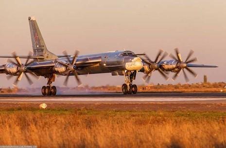 'Đột nhập' căn cứ của dàn máy bay ném bom khổng lồ Nga - ảnh 2