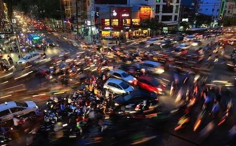 Giao thông hỗn loạn ở Việt Nam đoạt giải thưởng ảnh quốc tế - ảnh 1