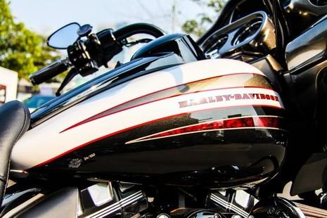 Cận cảnh Harley-Davidson Road Glide Special duy nhất tại Việt Nam - ảnh 9