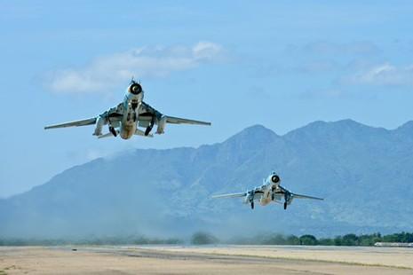 Hình ảnh bay huấn luyện Su-22 tại Trung đoàn không quân 937 - ảnh 9