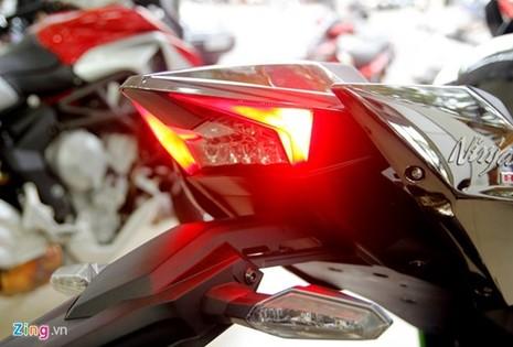Cận cảnh siêu môtô Ninja H2 đầu tiên về Việt Nam - ảnh 14