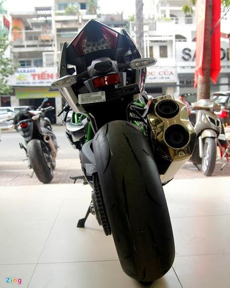 Cận cảnh siêu môtô Ninja H2 đầu tiên về Việt Nam - ảnh 3