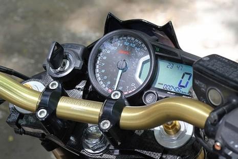Tận thấy Honda Hornet 600 mạ vàng 24k ở Việt Nam - ảnh 11