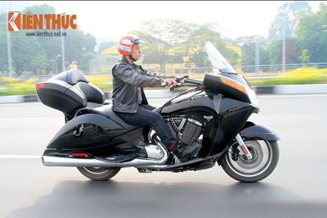 Tận thấy môtô siêu độc Victory Vision Tour 2014 ở Việt Nam - ảnh 15