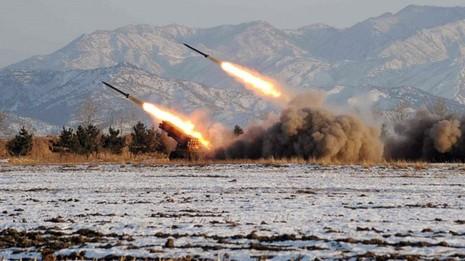 """Vì sao châu Á """"run sợ"""" trước tên lửa của tàu ngầm Triêù Tiên? - ảnh 2"""