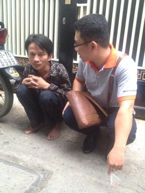 Hình ảnh xóm lao động nghèo vui mừng cho chị tỷ phú ve chai - ảnh 2