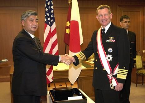 Cựu Tư lệnh Mỹ đề xuất phương án đối phó với Trung Quốc ở Biển Đông - ảnh 1