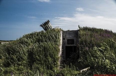 Bí ẩn căn cứ hải quân bị bỏ hoang của Liên Xô - ảnh 9