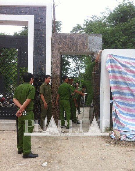 Vụ thảm sát Bình Phước: 'Đêm nay chúng tôi sẽ không ngủ'  - ảnh 16