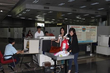 Ô tô nhập khẩu của Việt Kiều trí thức được miễn mọi loại thuế - ảnh 1