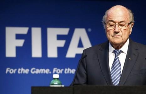 """Tiết lộ động trời của Chủ tịch FIFA: """"Platini khuyên tôi rút lui, còn không sẽ đi tù"""" - ảnh 1"""