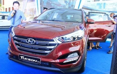 Hyundai Tucson 2016 ra mắt, lịch lãm hơn SantaFe, giá 925 triệu - ảnh 1