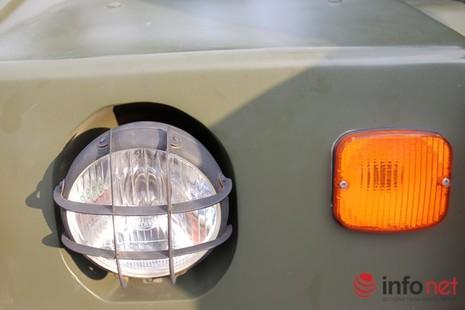 Cận cảnh xe chống đạn RAM-MKIII của lực lượng an ninh Việt Nam - ảnh 12